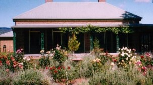 Old Wallinga Country - Goulburn Accommodation