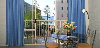 Surf Dance Holiday Units - Goulburn Accommodation