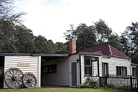 Glenbrook House and Cottage - Goulburn Accommodation