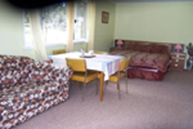 Quamby Pines Chalet B  B - Goulburn Accommodation