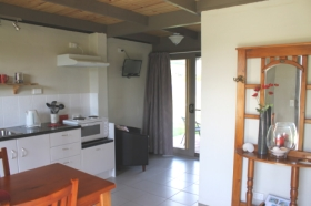 Flinders Island Cabin Park and Car Hire - Goulburn Accommodation