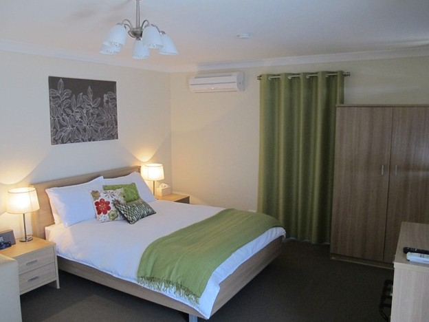West Wing Guest House - Goulburn Accommodation