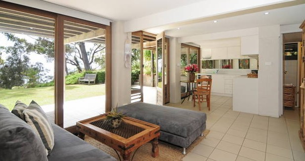 Bungalows on the Beach - Goulburn Accommodation