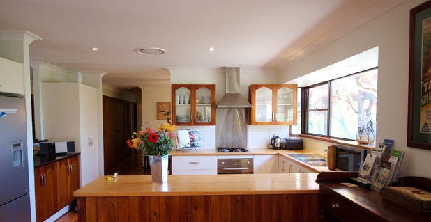 Cicada Country House - Goulburn Accommodation