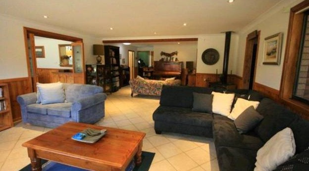 Adams Peak Retreat - Goulburn Accommodation