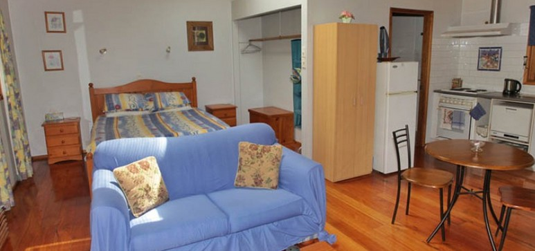 Bluegums Cabins - Goulburn Accommodation