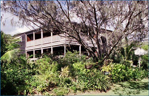 Fraser Island Hideaway - Goulburn Accommodation