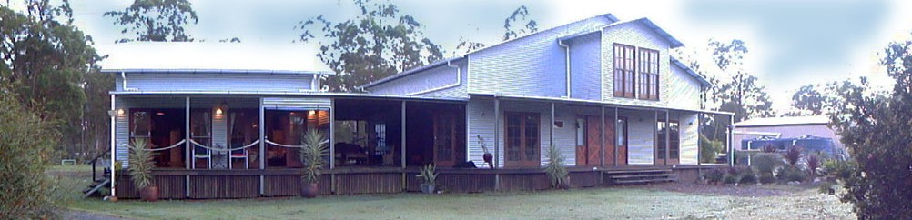Tin Peaks Bed and Breakfast - Goulburn Accommodation
