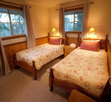 Accommodation Creek Cottages - Goulburn Accommodation