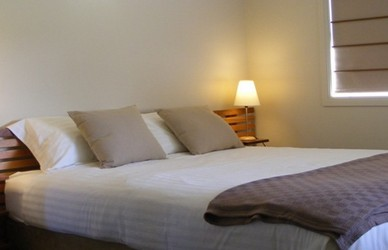 Mallow Cottage - Goulburn Accommodation