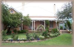 Guy House Bed and Breakfast - Goulburn Accommodation