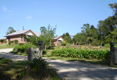 Hardy House Bed and Breakfast - Goulburn Accommodation