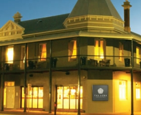 The York Heritage Hotel and Terraces - Goulburn Accommodation