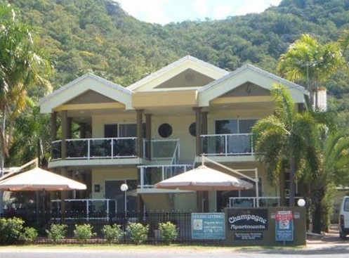 Champagne Apartments - Goulburn Accommodation