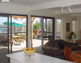 Lakeview Cottage - Goulburn Accommodation