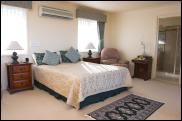 Eyrie Escape - Goulburn Accommodation
