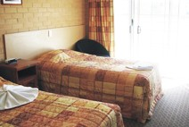 Tenterfield Bowling Club Motor Inn - Goulburn Accommodation