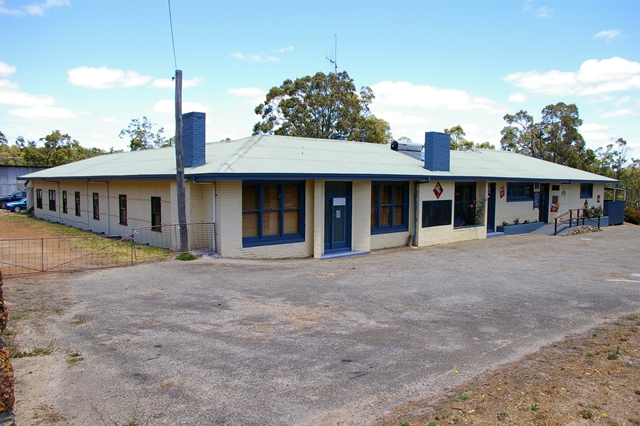 Rocky Gully Pub - Goulburn Accommodation