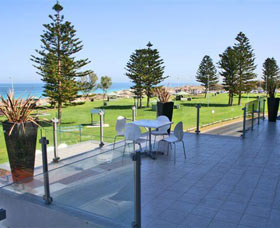 Clarion Suites Mullaloo Beach - Goulburn Accommodation