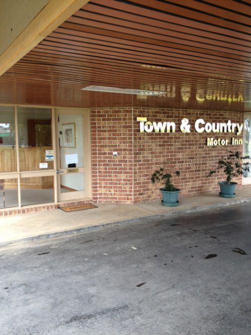 Town amp Country Motor Inn Forbes - Goulburn Accommodation