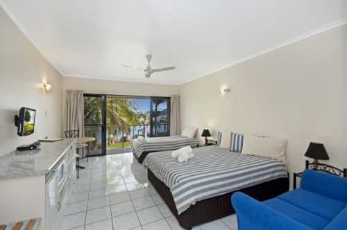 Hinchinbrook Marine Cove Motel - Goulburn Accommodation
