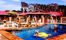 Wombat Beach Resort - Goulburn Accommodation