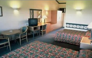 Camden Valley Country Club - Goulburn Accommodation