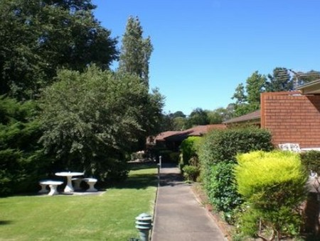 Boronia Holiday Lodge - Goulburn Accommodation
