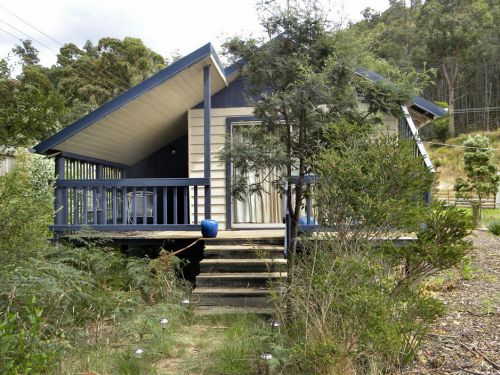 Huon Charm Waterfront Cottages - Goulburn Accommodation