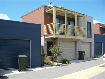 Harbourside Terraces - Goulburn Accommodation
