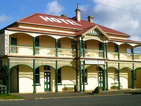 Imperial Hotel - Goulburn Accommodation