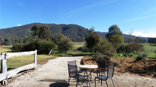 Sweetwater Stays Rural Retreat - Goulburn Accommodation