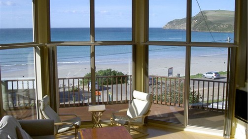 Abalone Beach House - Goulburn Accommodation
