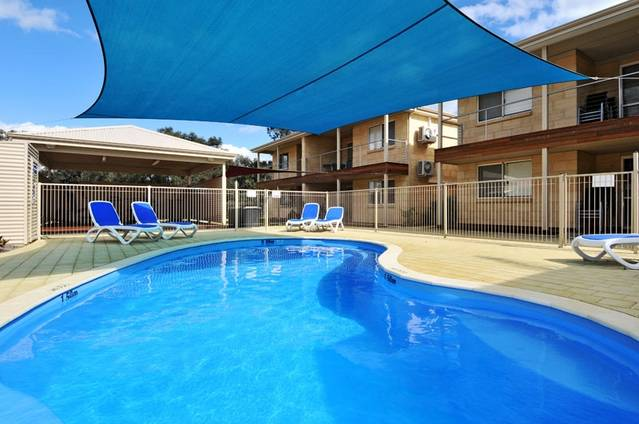 Lakeside Holiday Apartments - Goulburn Accommodation