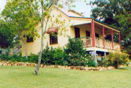 Mango Hill Cottages Bed  Breakfast - Goulburn Accommodation