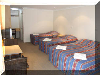 Tenterfield Tavern  Motor Inn - Goulburn Accommodation