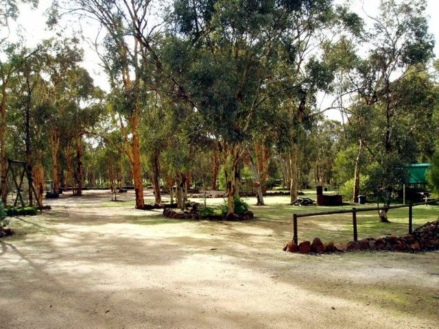 Toodyay Holiday Park & Chalets