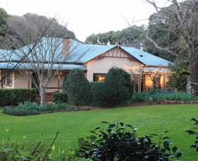 MossGrove Bed and Breakfast - Goulburn Accommodation