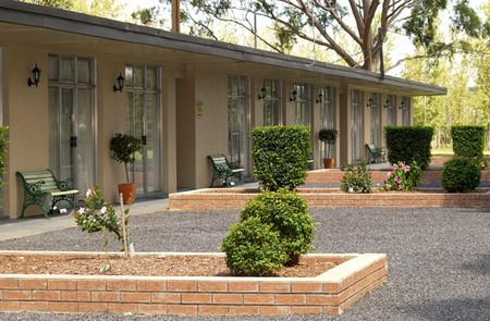 All Seasons Country Lodge - Goulburn Accommodation