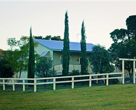 Milford Country Cottages - Goulburn Accommodation