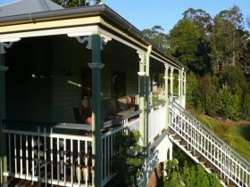 The Sanctuary Springbrook. Guest House / Cottage - Goulburn Accommodation