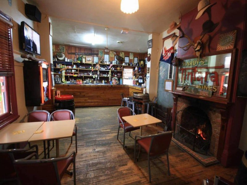 Victoria Hotel Moonan Flat - Goulburn Accommodation