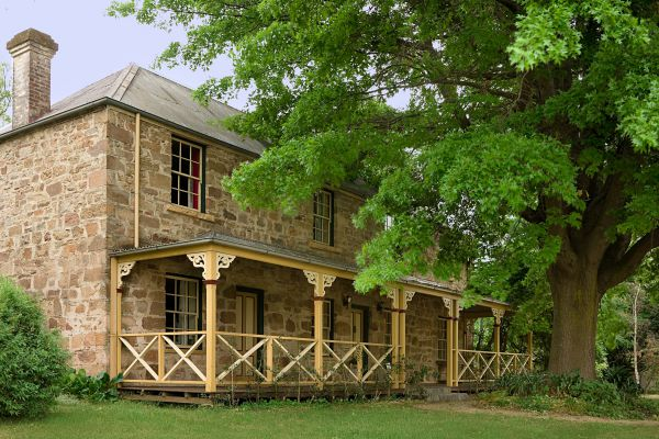 Old Stone House The - Goulburn Accommodation