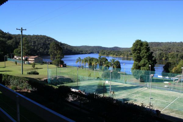 Juniors on Hawkesbury - Goulburn Accommodation