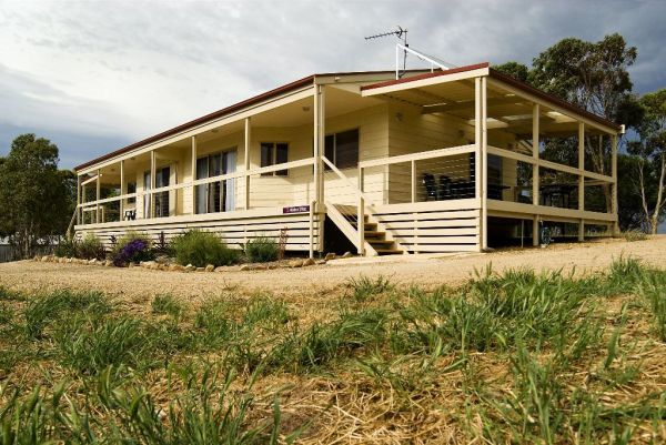 Allusion Cottages - Goulburn Accommodation