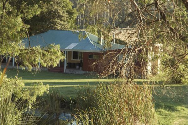 Crystal Springs Homestead - Goulburn Accommodation