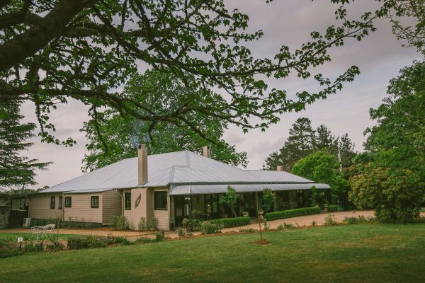 Sylvan Glen Country House - Goulburn Accommodation
