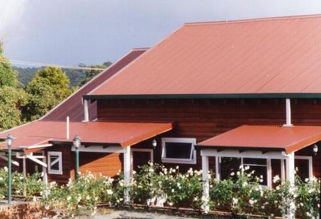 Pemberton Old Picture Theatre Holiday Apartments - Goulburn Accommodation