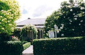 Bowral Cottage Inn - Goulburn Accommodation