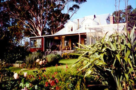 The Sleeping Lady Private Retreat - Goulburn Accommodation